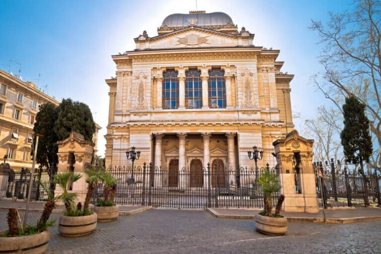 בית הכנסת ברובע היהודי ברומא